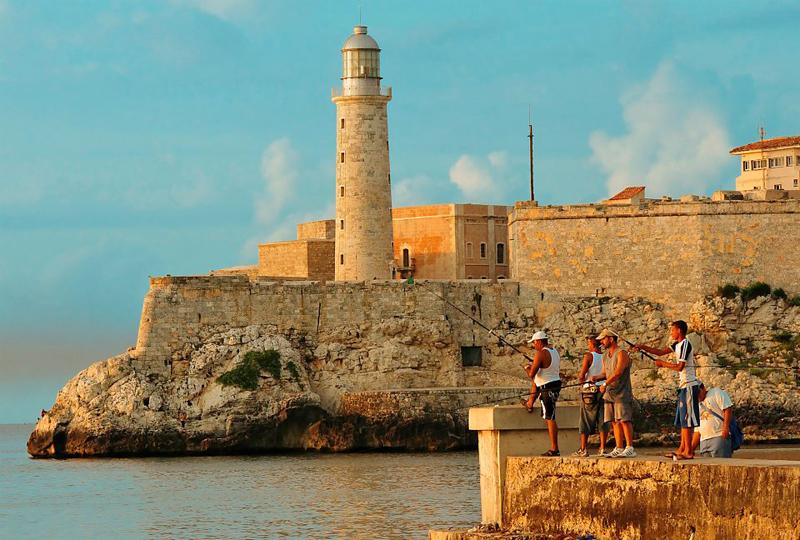 Vous visiterez le château du 16e siècle El Morro et le port où des galions espagnols chargés d'or arrivaient à quai provenant du Nouveau Monde.